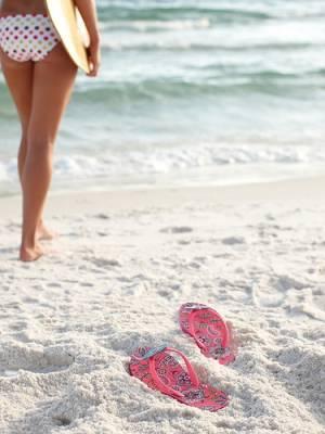 b2ap3_thumbnail_beach-girl-thongs.jpg