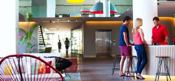 b2ap3_thumbnail_qt-gold-coast-lobby-702x326.jpg