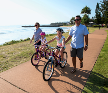 FAMILY-FRIENDLY TOURS & ATTRACTIONS