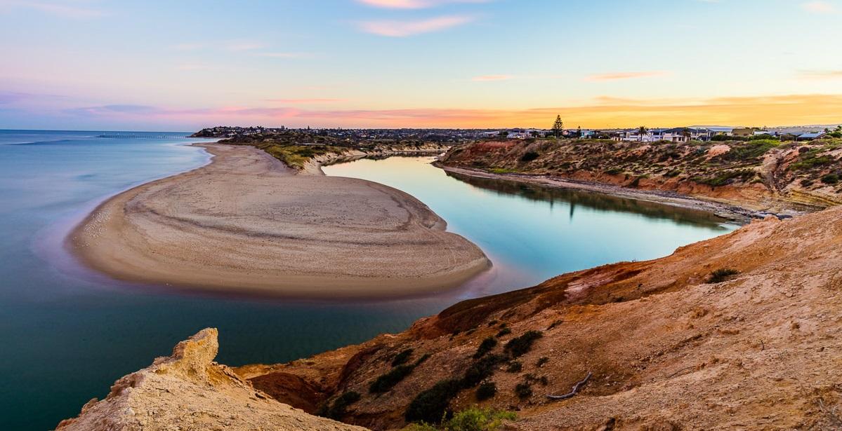 port noarlunga sunrise southport beach onkaparinga river mouth mclaren vale fleuireu coast