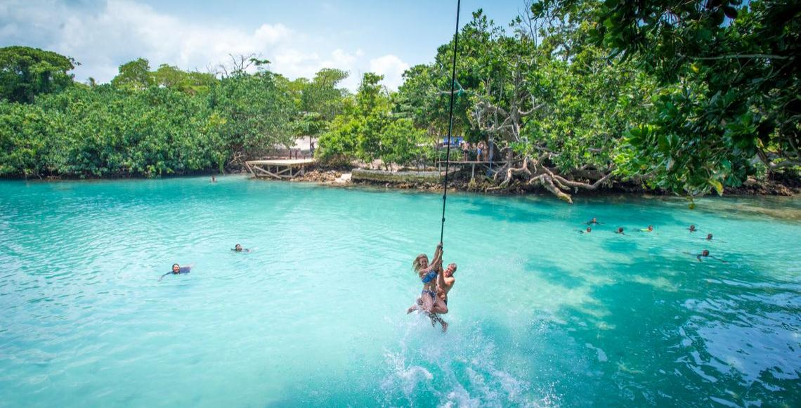 Efate Blue Lagoon