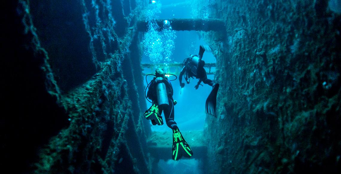 VTO0049 scuba-wreck