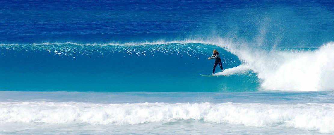 Surfing Banner