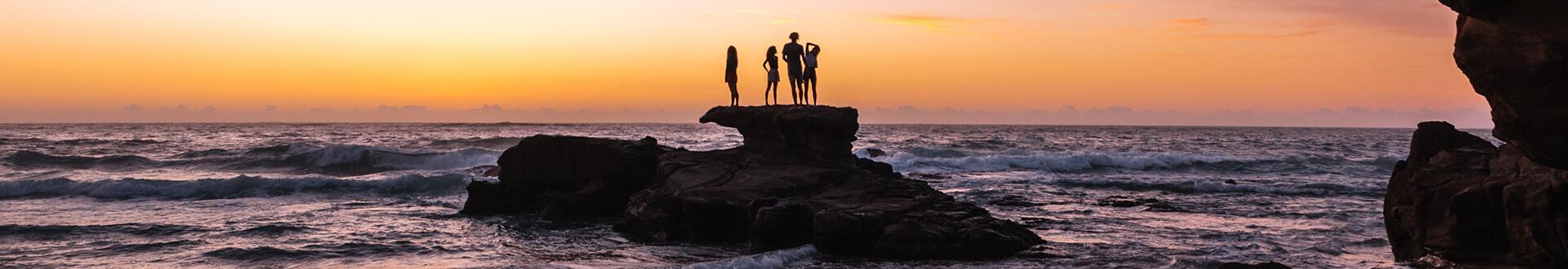 Sunrise, Caves Beach
