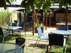 Salina Restaurant Lake Macquarie NSW Accommodation Holiday