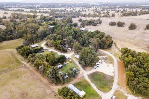 Pinjarrah Holiday Park, Stay 4, Pay for 3