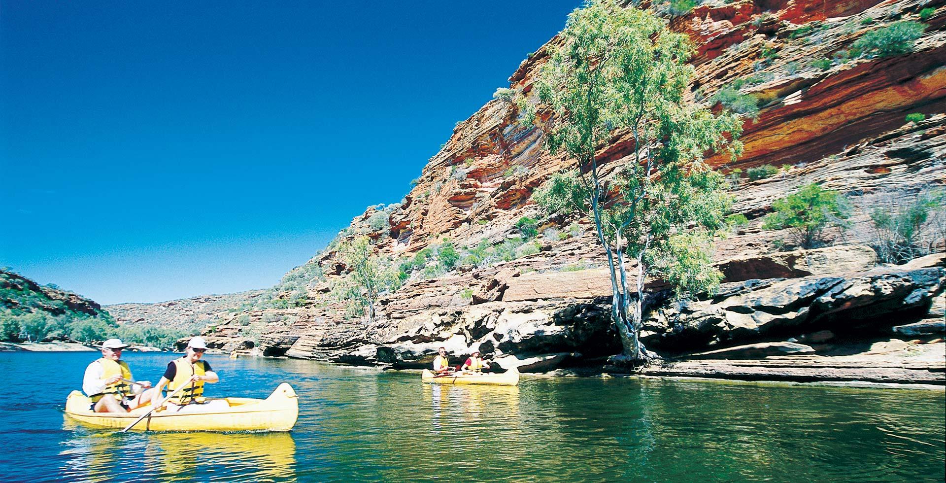Take a loved one canoeing along the Kalbarri River at Kalbarri