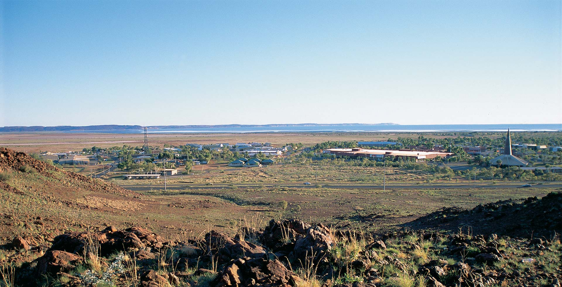 Enjoy stunning views from TV Hill Lookout only at Karratha