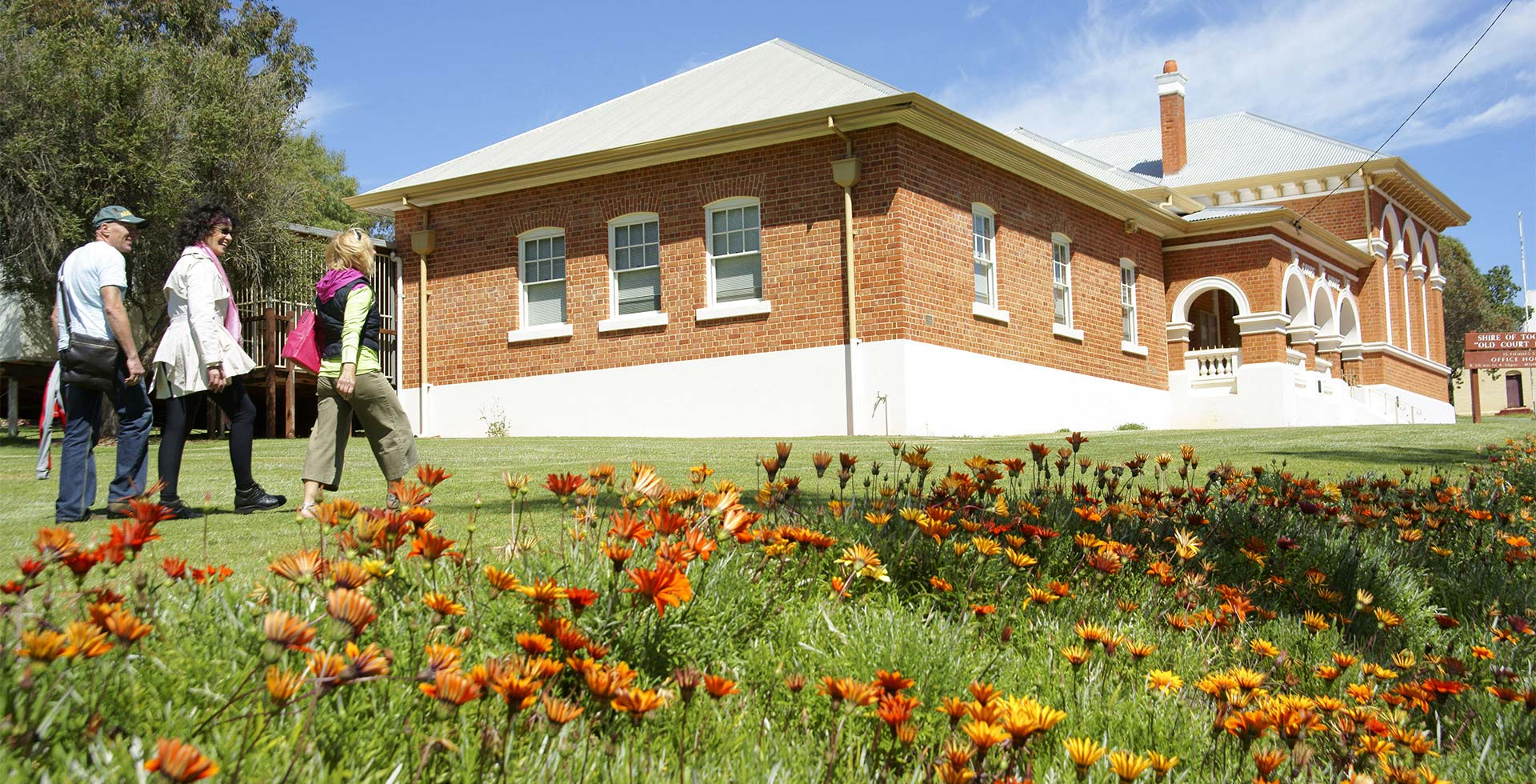 See the historic Courthouse Building in Toodyay