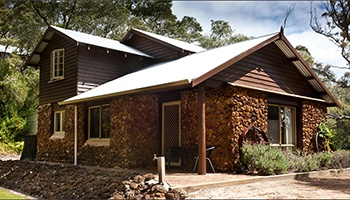 Perth Chalet Villa & Cottage Accommodation